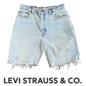 Levi's 550 Relaxed Fit Denim Shorts Cotton Size 10 Reg Distressed Light Wash